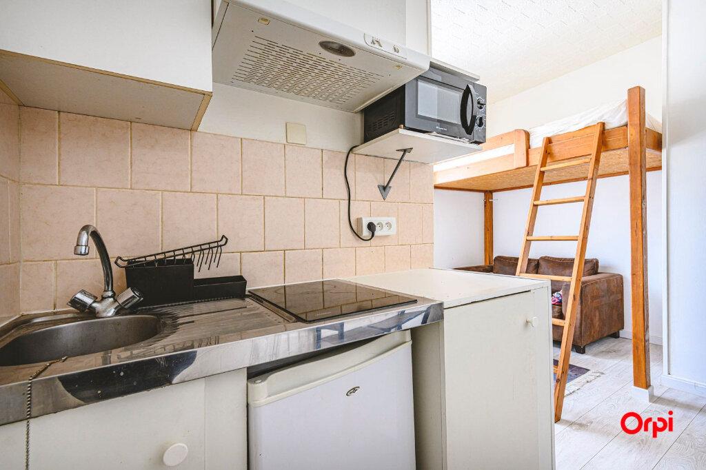 Appartement à louer 1 15.71m2 à Reims vignette-10