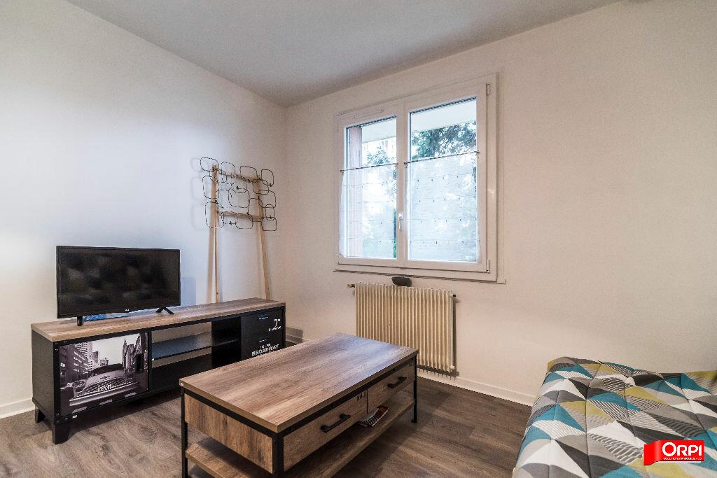 Appartement à louer 2 46m2 à Reims vignette-5