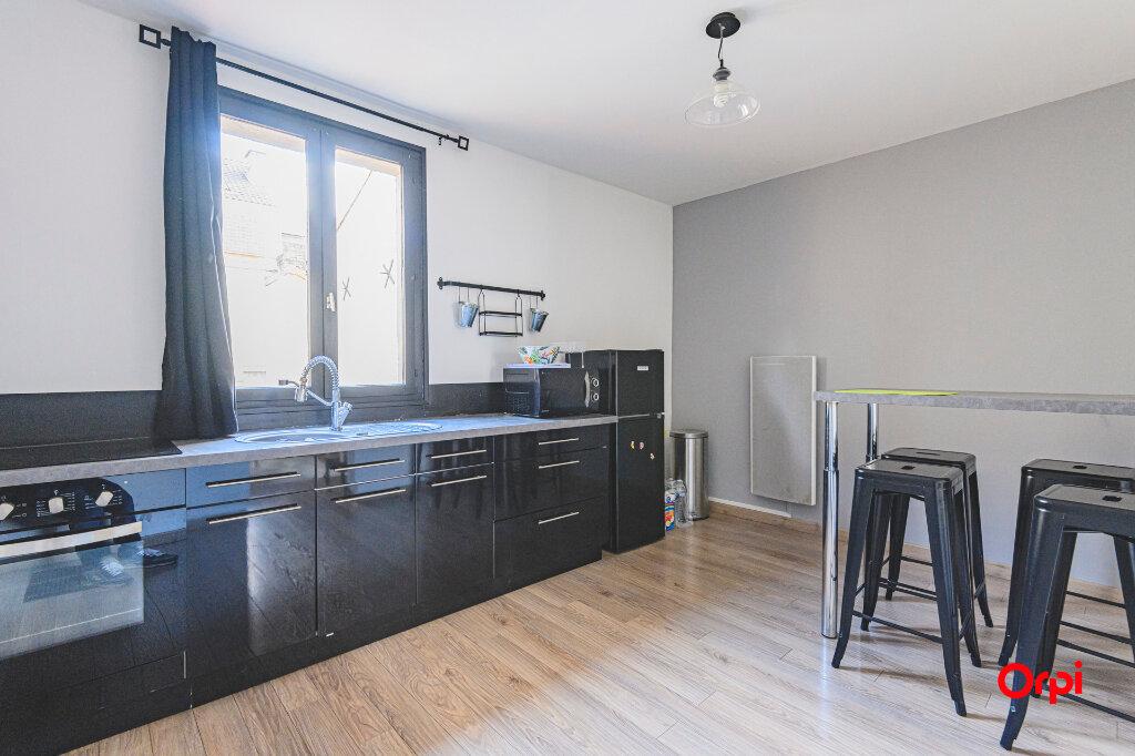 Appartement à louer 1 32m2 à Reims vignette-2