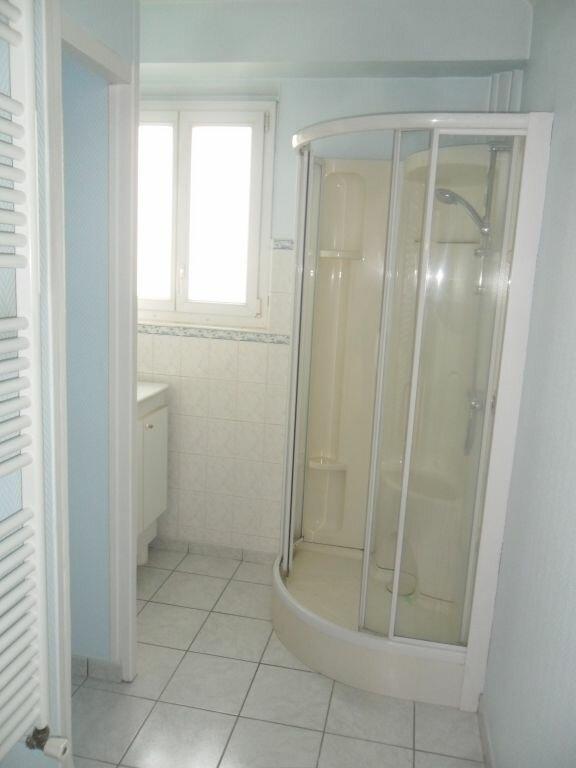 Appartement à louer 4 89m2 à Laon vignette-3