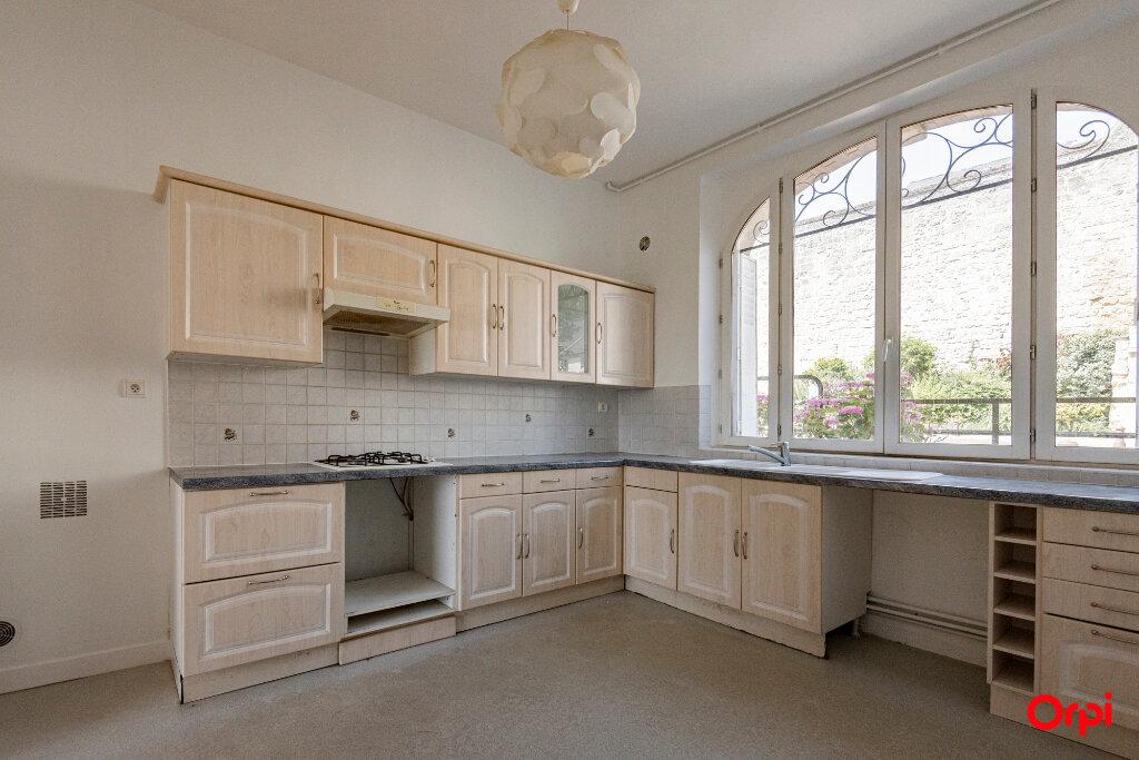 Maison à louer 20 165m2 à Laon vignette-1