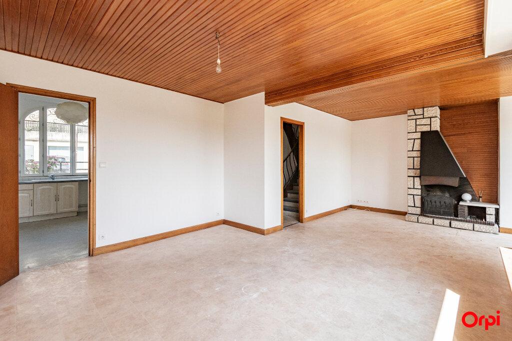 Maison à louer 20 165m2 à Laon vignette-3