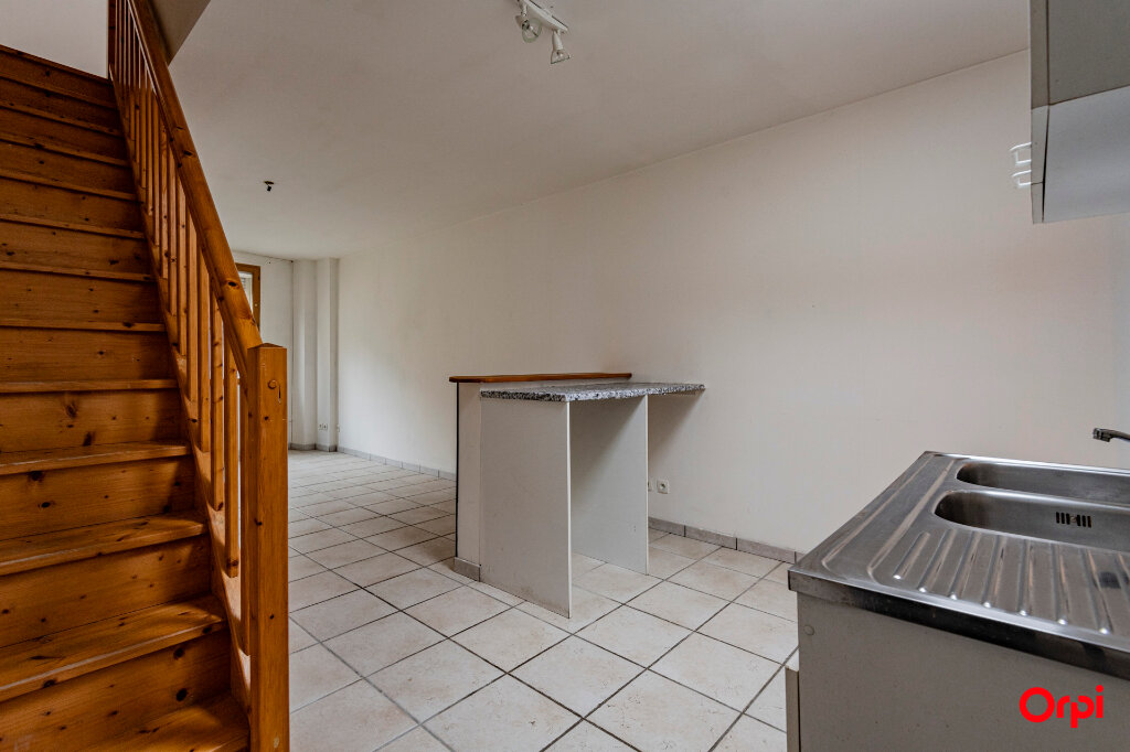 Appartement à louer 2 66m2 à Athies-sous-Laon vignette-4