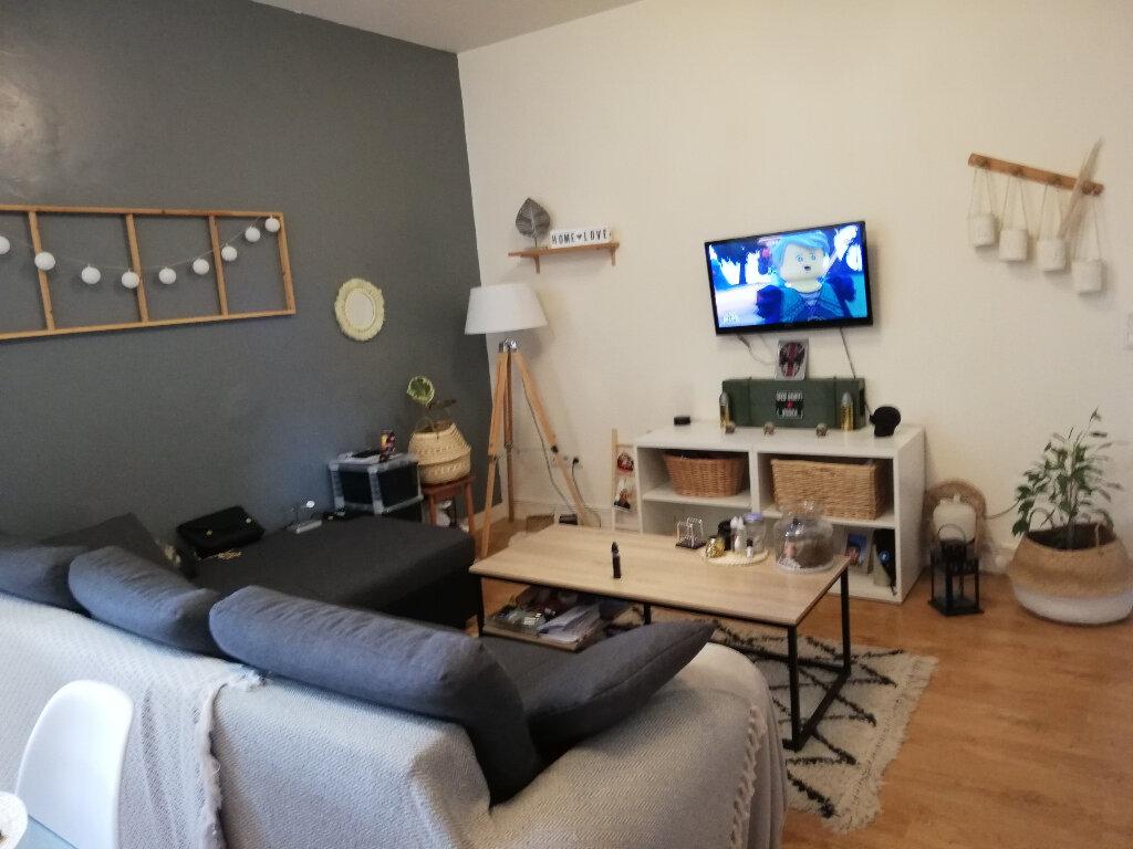 Appartement à louer 3 63m2 à Laon vignette-7