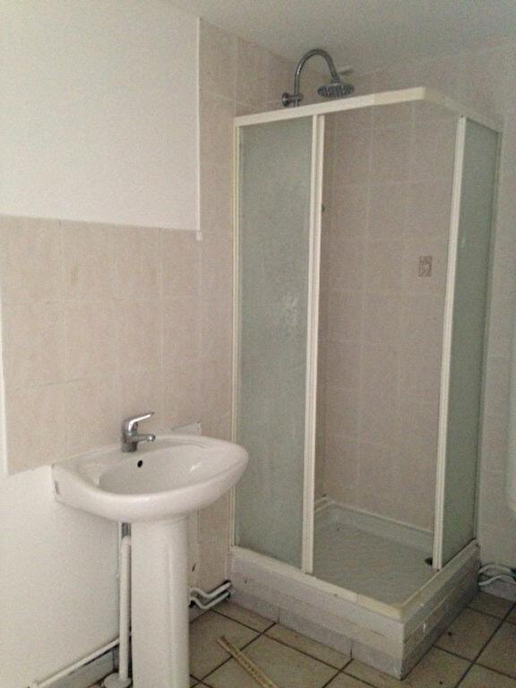 Appartement à louer 2 56m2 à Athies-sous-Laon vignette-3