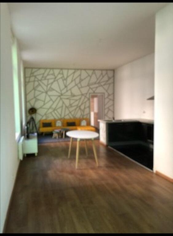 Appartement à louer 2 63m2 à La Fère vignette-3