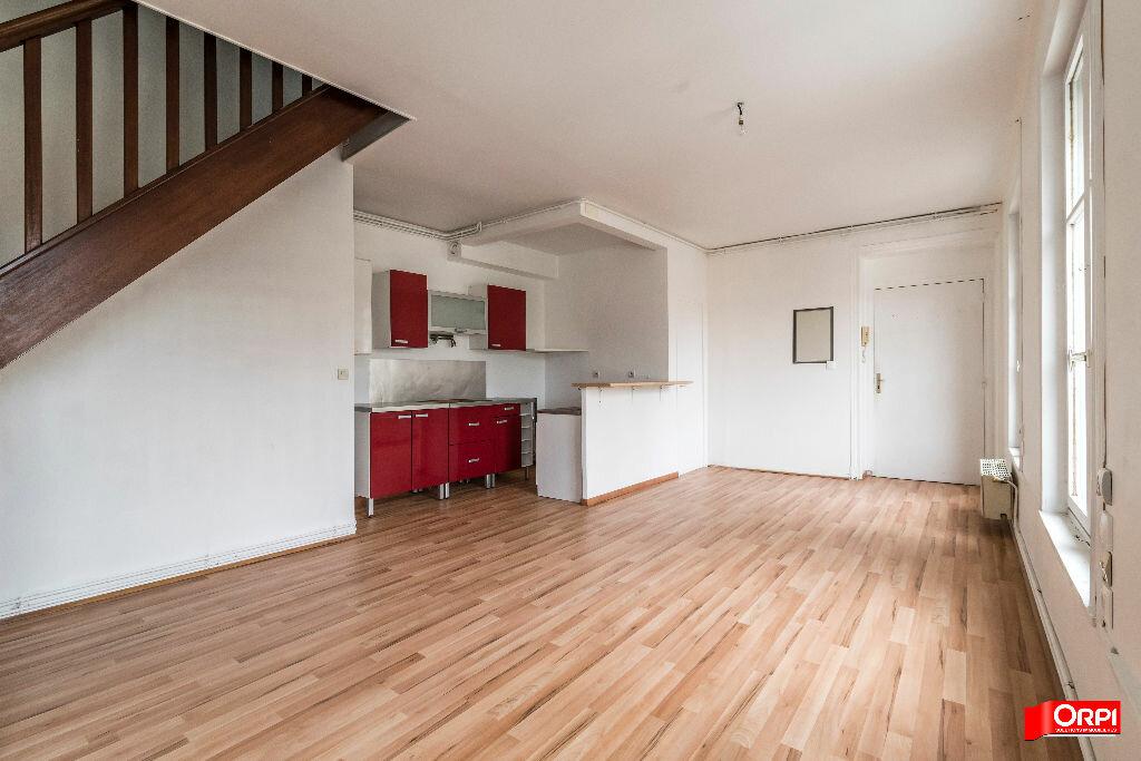 Appartement à louer 3 44m2 à Crépy vignette-1