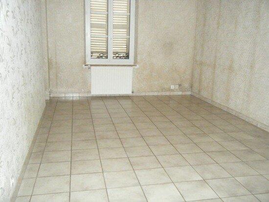Appartement à louer 3 56m2 à Marle vignette-2