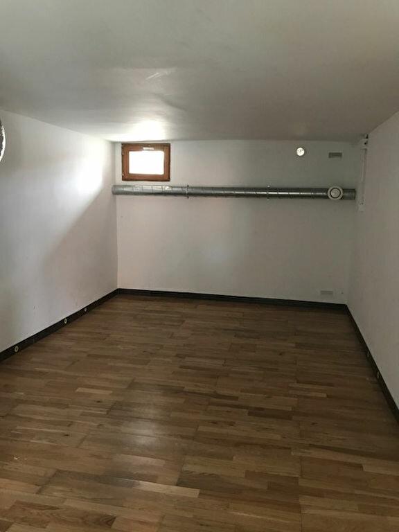 Appartement à louer 4 95m2 à Froidmont-Cohartille vignette-3