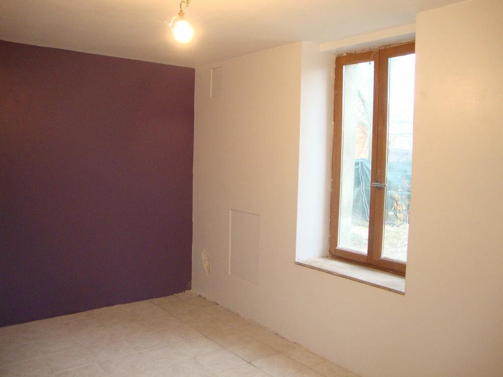 Appartement à louer 4 95m2 à Froidmont-Cohartille vignette-4