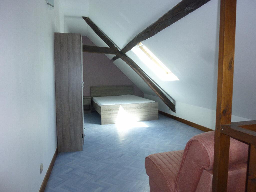 Appartement à louer 1 24m2 à Laon vignette-2