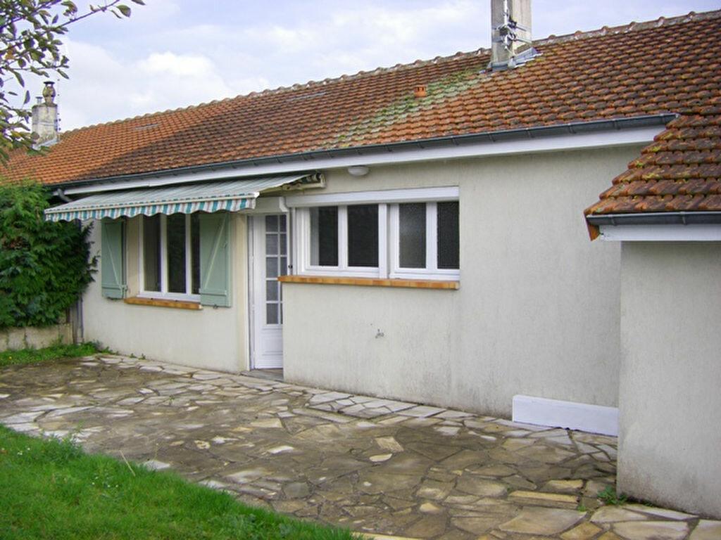 Maison à louer 4 80m2 à Laon vignette-1