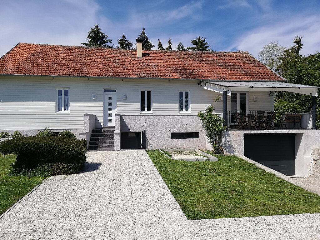 Maison à louer 5 137m2 à Pontavert vignette-1