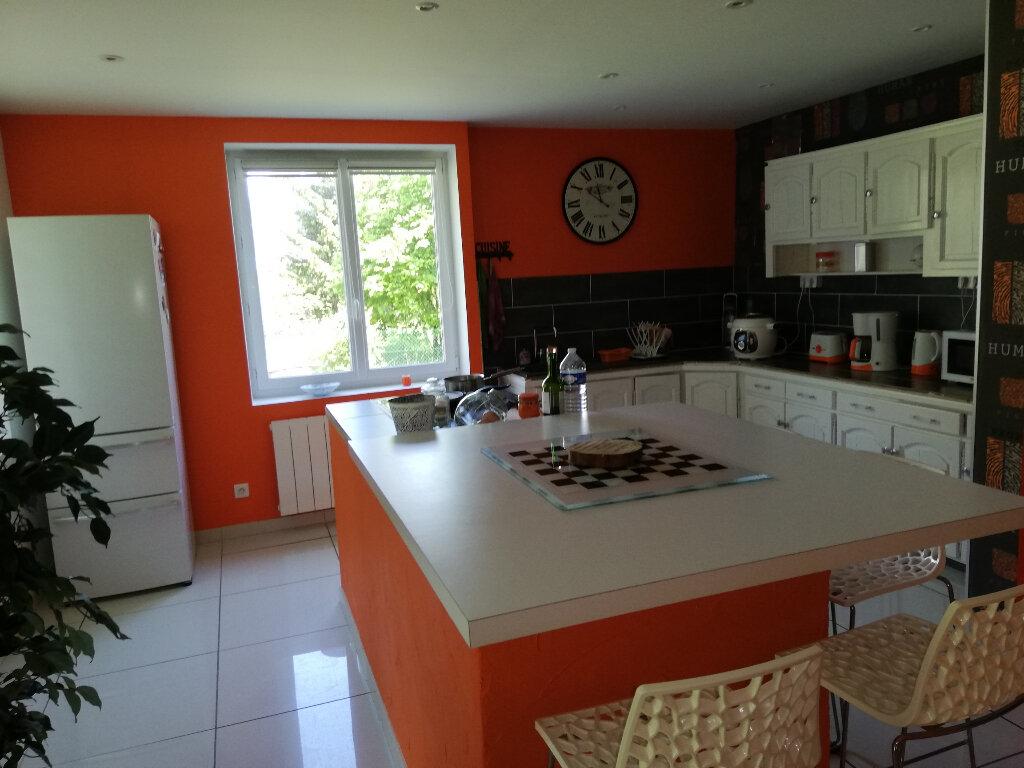 Maison à louer 5 137m2 à Pontavert vignette-2