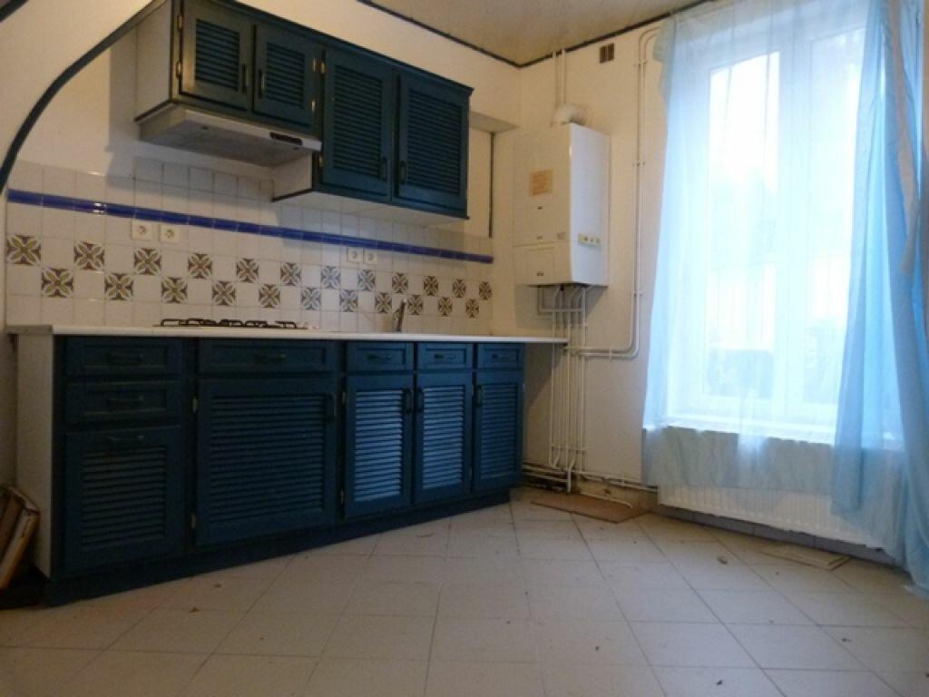 Maison à louer 2 80m2 à Laon vignette-2