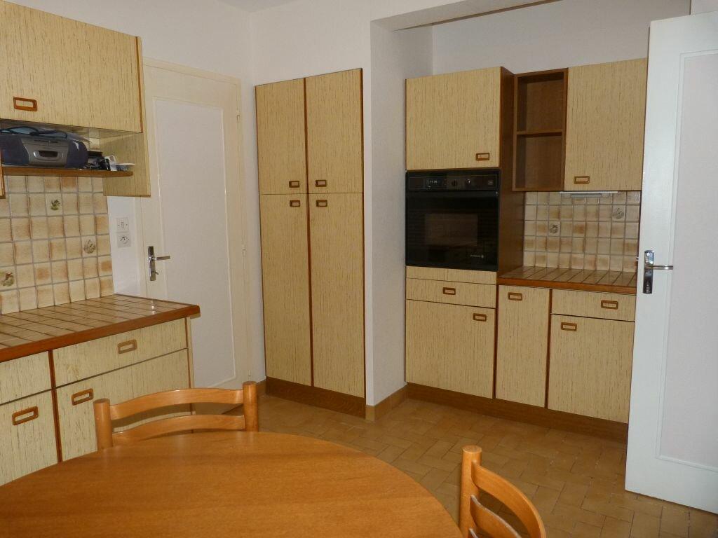 Maison à louer 7 150m2 à Laon vignette-5