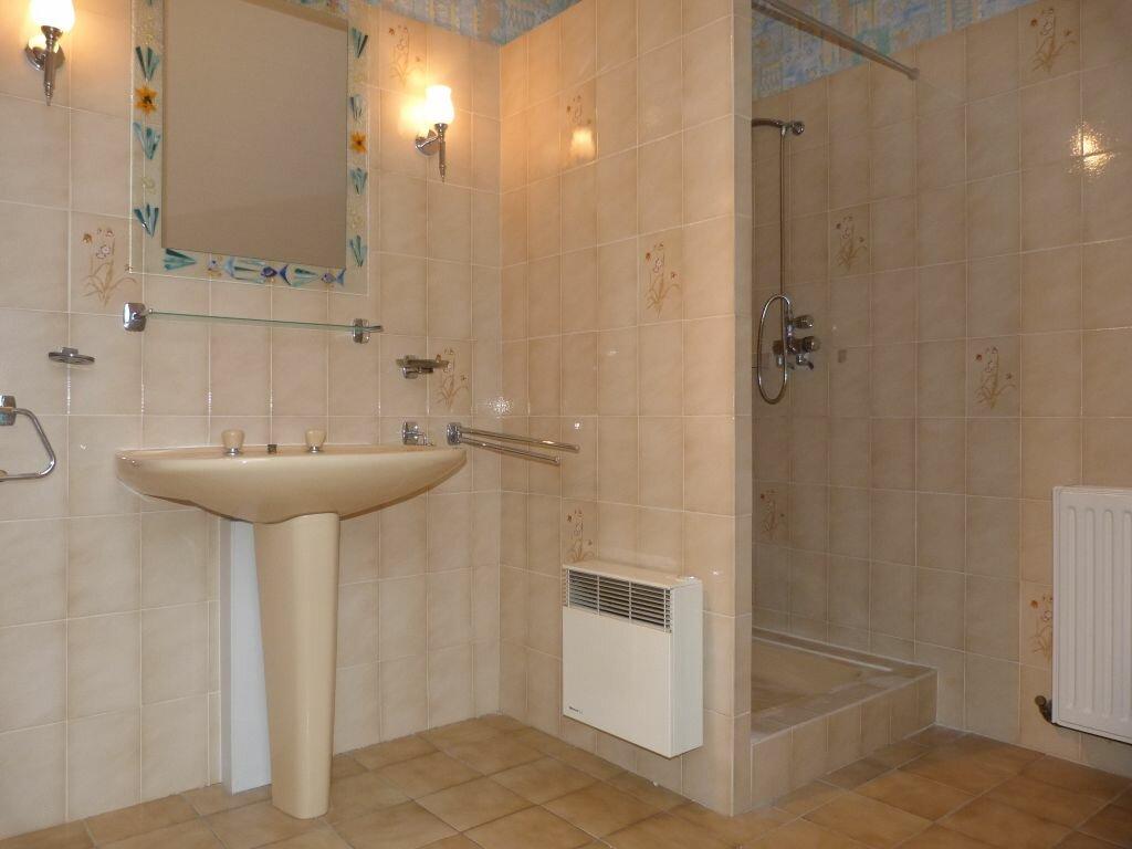 Maison à louer 7 150m2 à Laon vignette-8