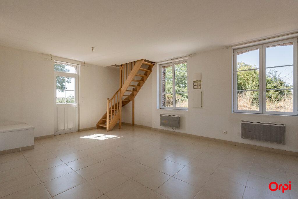 Maison à louer 3 60m2 à Chevresis-Monceau vignette-2