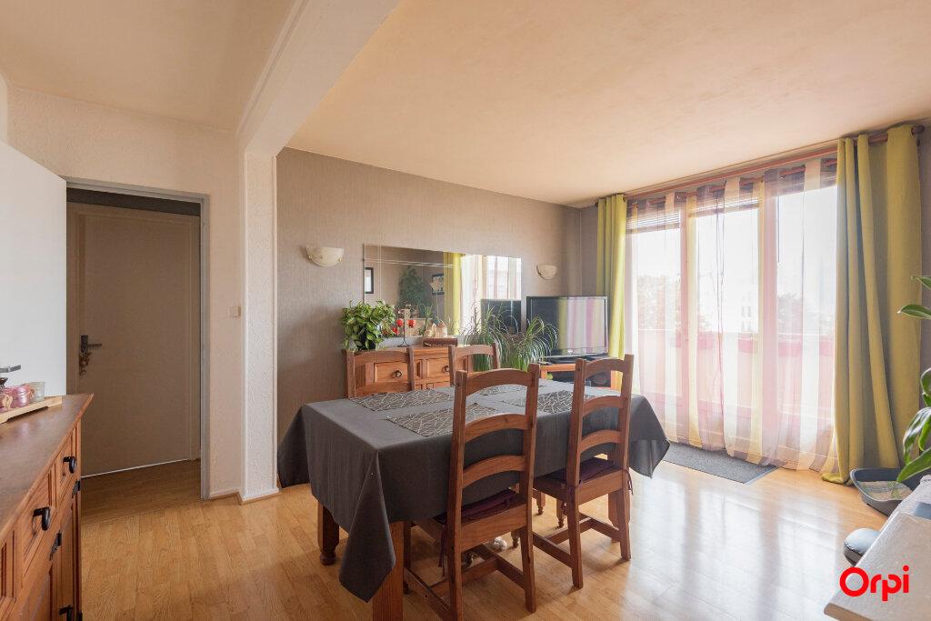 Appartement à vendre 3 57m2 à Laon vignette-1