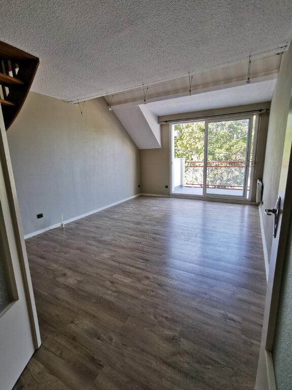 Appartement à louer 3 55m2 à Guérande vignette-1