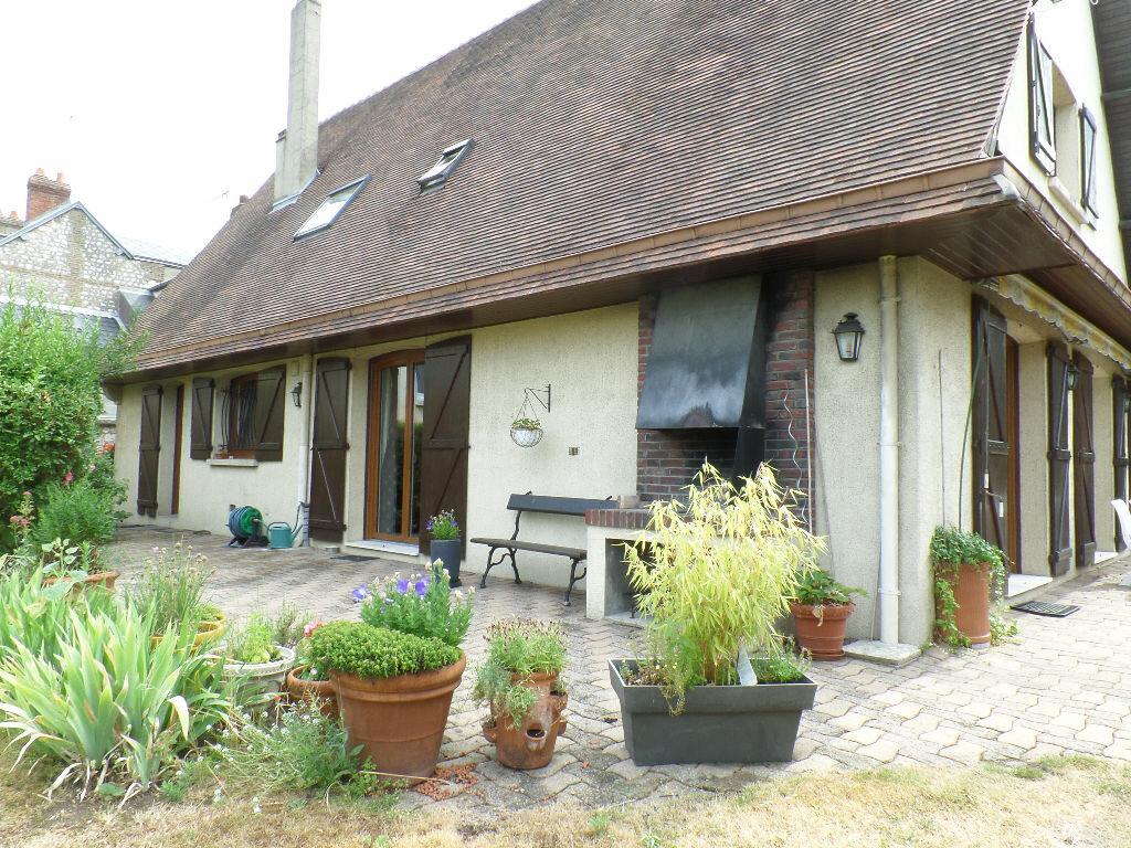 Maison à vendre 8 220m2 à Caudebec-lès-Elbeuf vignette-2