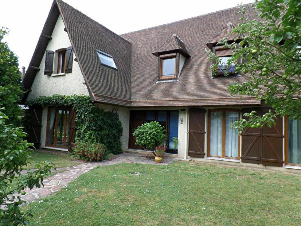 Maison à vendre 8 220m2 à Caudebec-lès-Elbeuf vignette-3