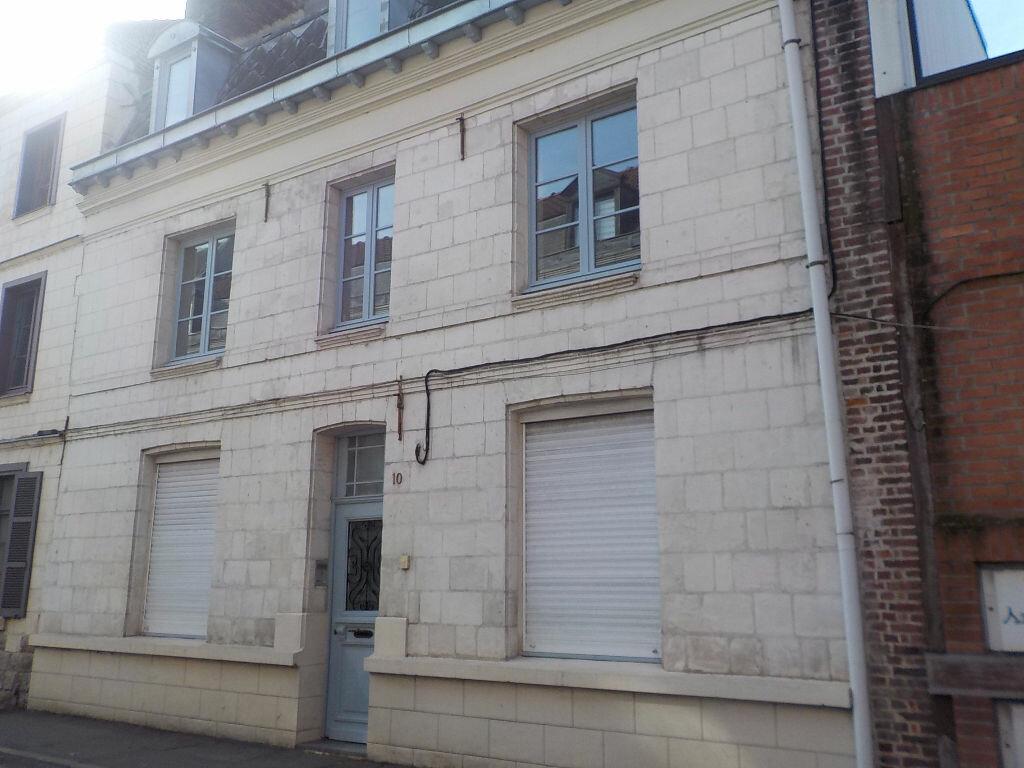 Appartement à louer 3 56m2 à Arras vignette-1