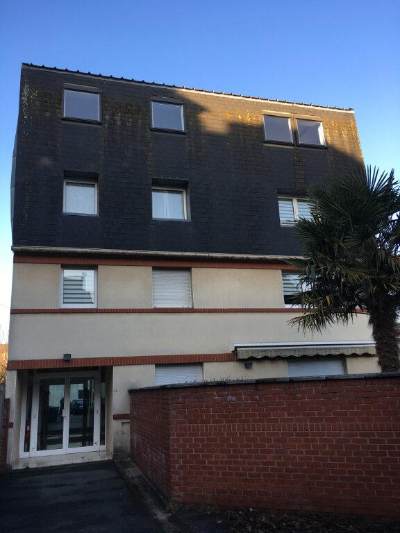 Appartement à louer 2 45m2 à Arras vignette-1