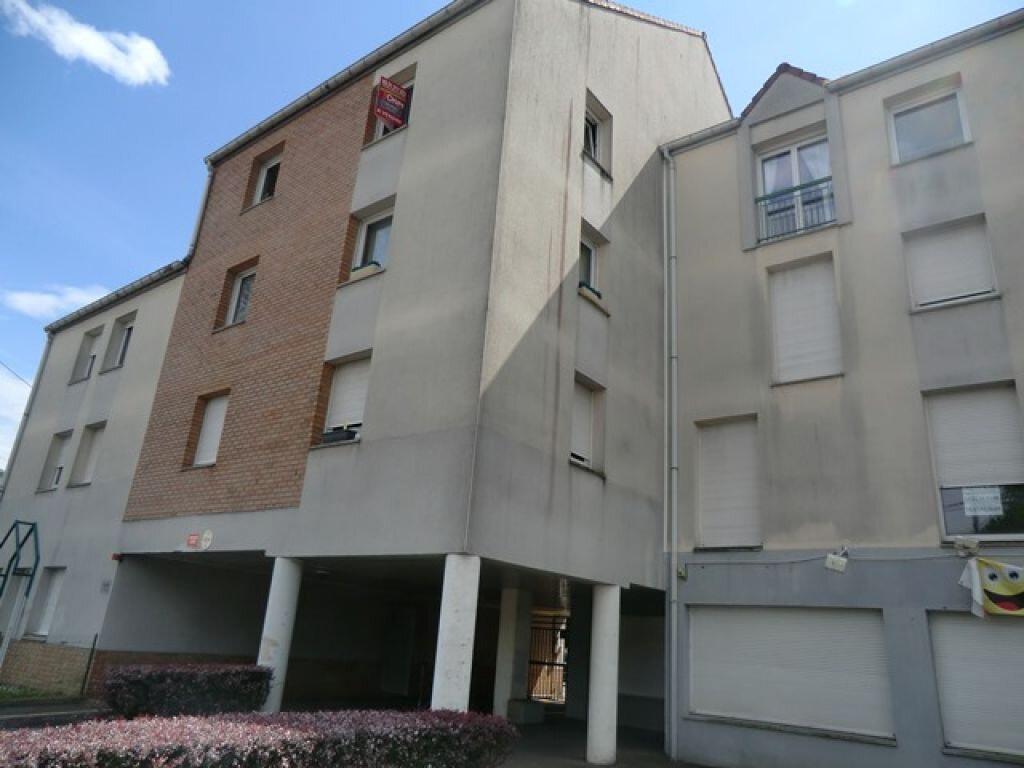 Appartement à louer 2 30m2 à Arras vignette-4