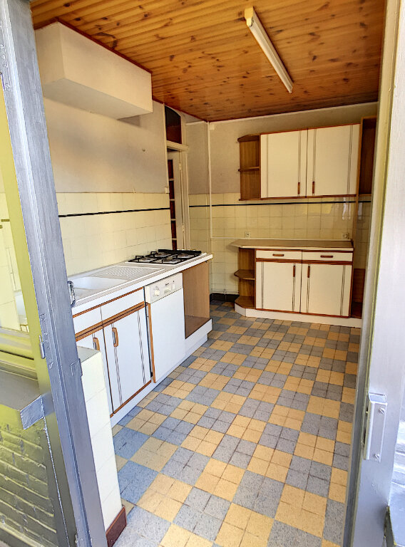 Maison à louer 3 70m2 à Brebières vignette-5