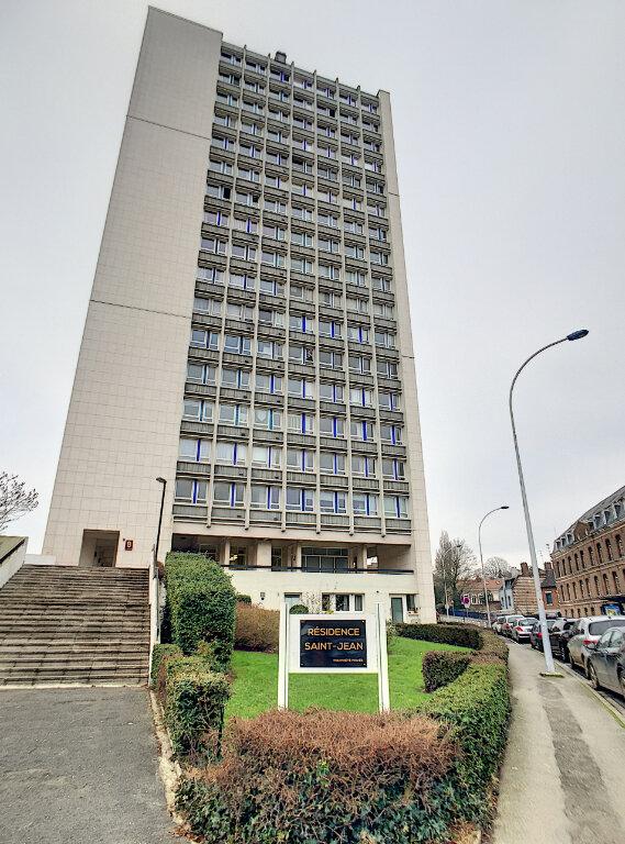 Appartement à louer 3 79.43m2 à Arras vignette-1