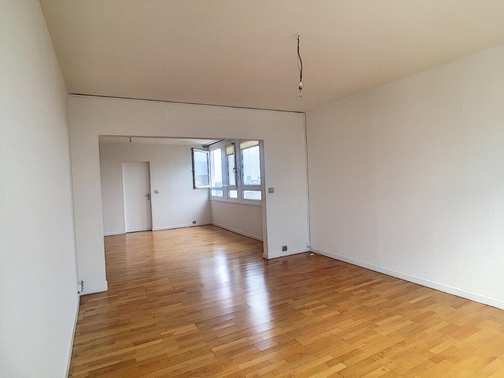 Appartement à louer 3 79.43m2 à Arras vignette-9
