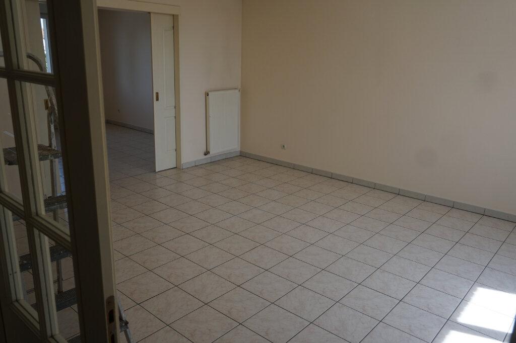 Appartement à louer 4 83m2 à Arras vignette-2