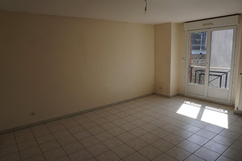 Appartement à louer 4 83m2 à Arras vignette-3