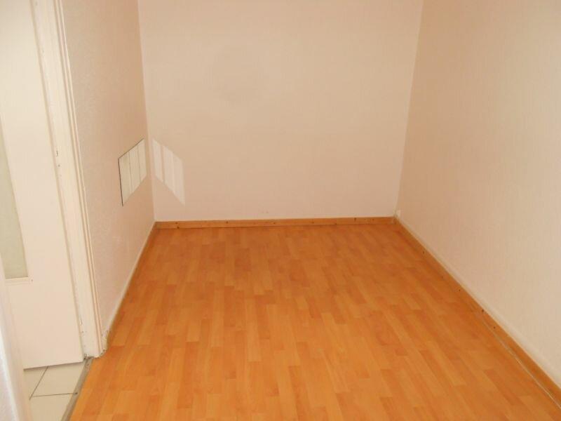 Appartement à louer 2 34m2 à Arras vignette-3