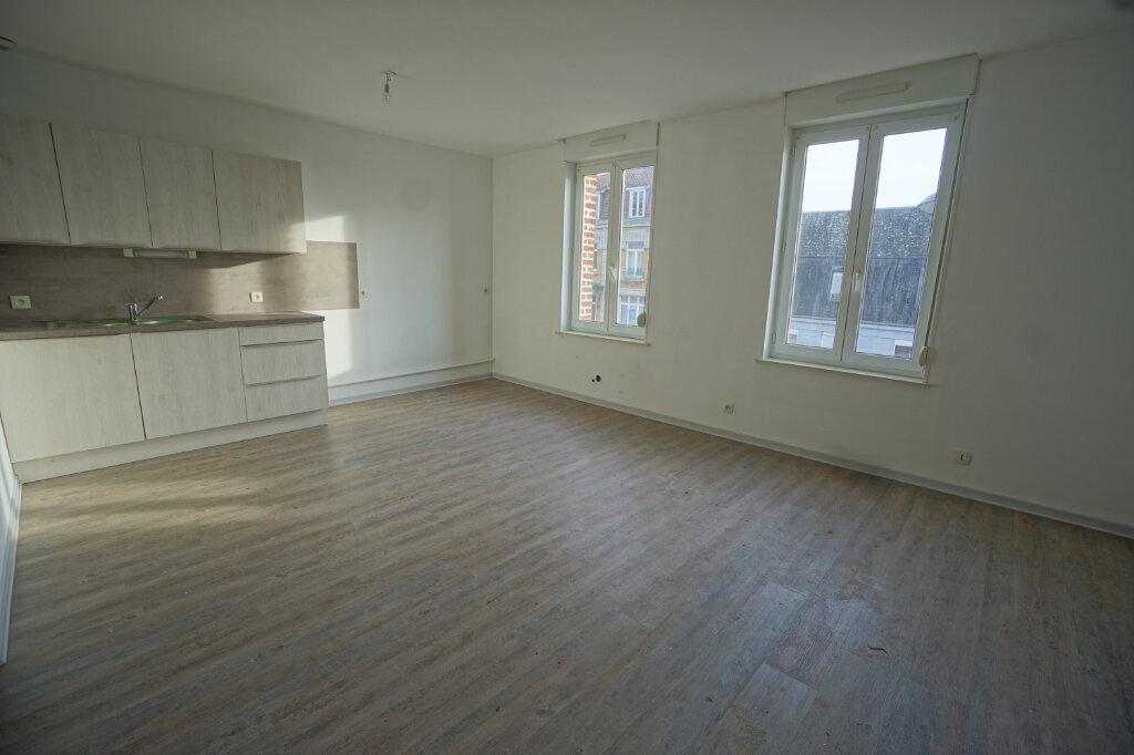 Appartement à louer 3 65m2 à Beaurains vignette-1