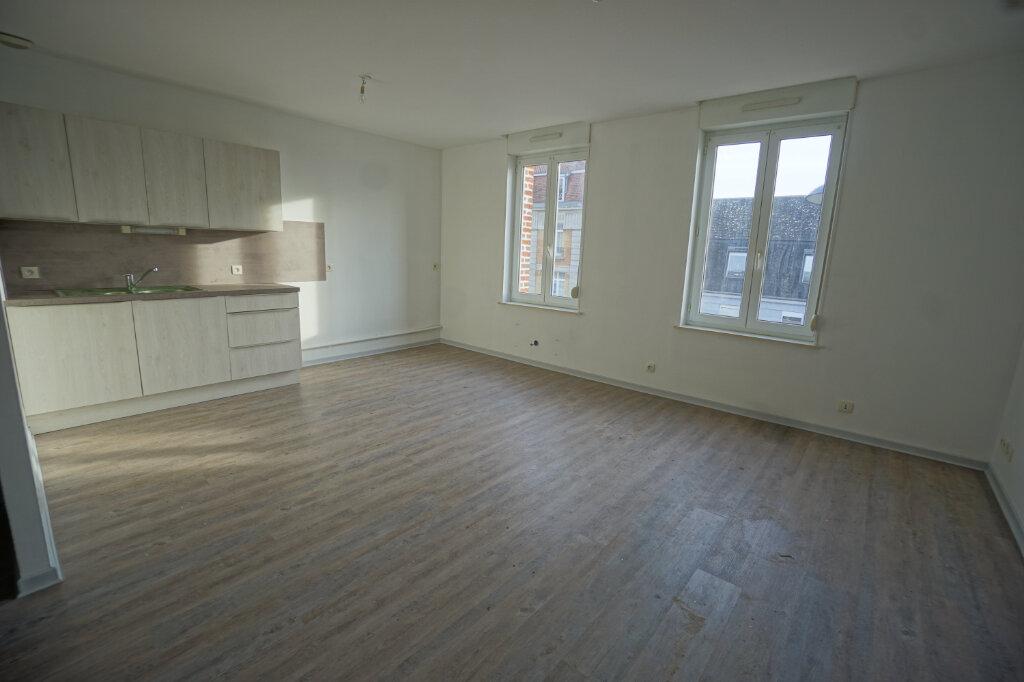 Appartement à louer 3 65m2 à Beaurains vignette-2