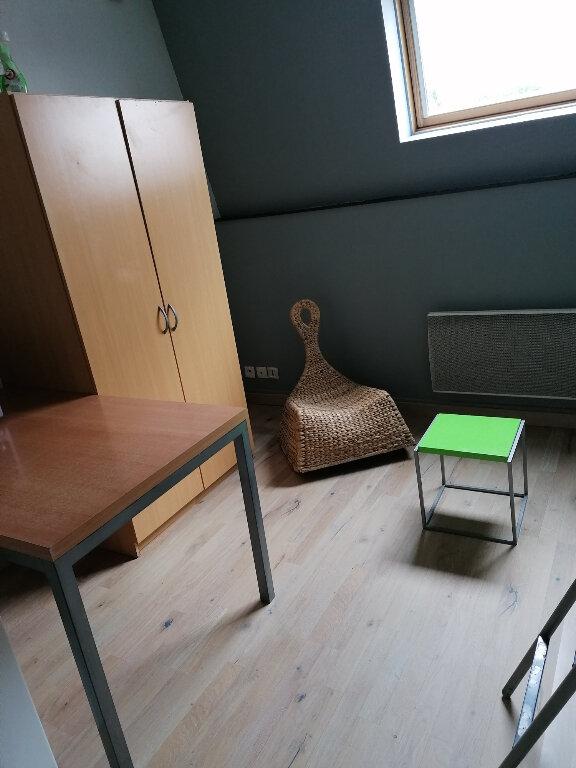 Appartement à louer 1 17m2 à Arras vignette-1