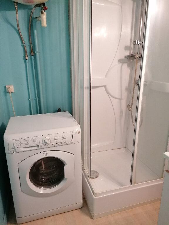 Appartement à louer 1 17m2 à Arras vignette-4