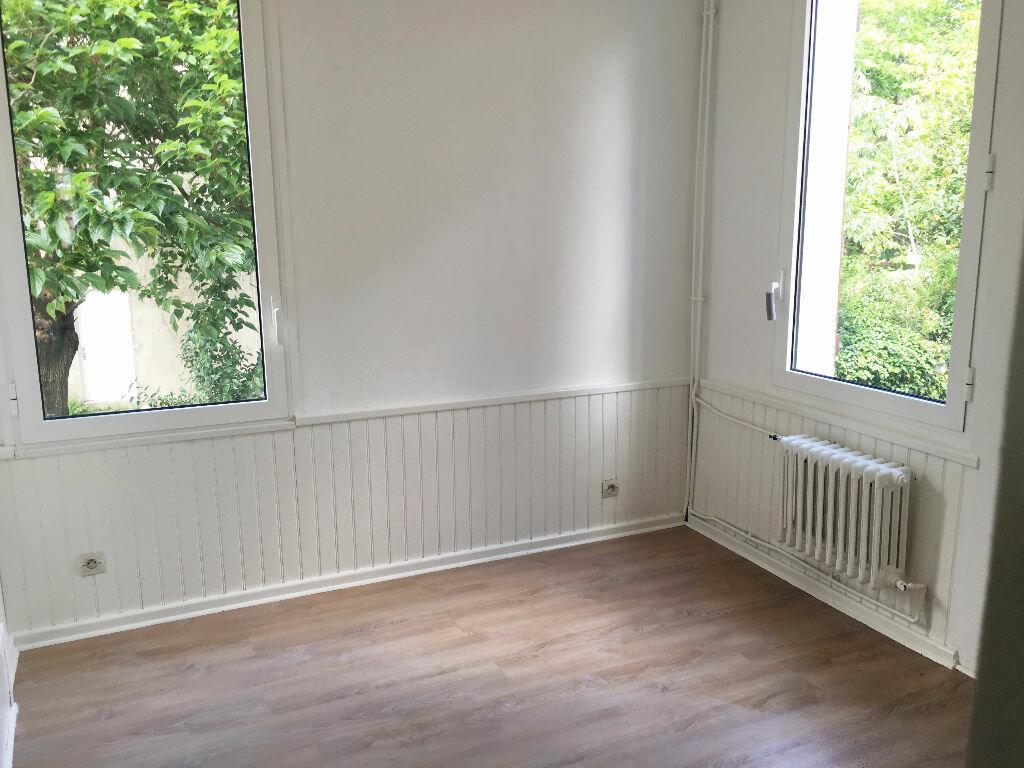 Maison à louer 5 108.77m2 à Toulouse vignette-7