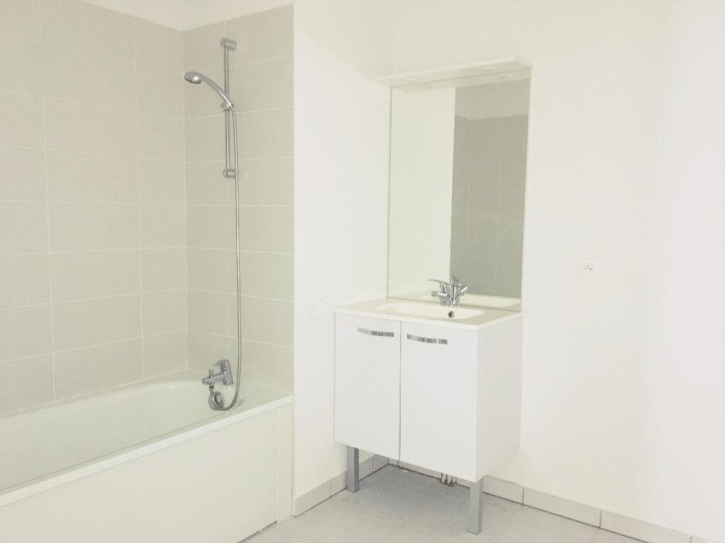 Appartement à louer 3 65.85m2 à Toulouse vignette-4