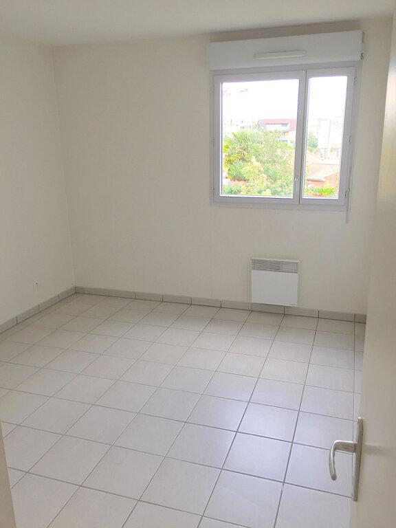 Appartement à louer 3 70.22m2 à Toulouse vignette-4
