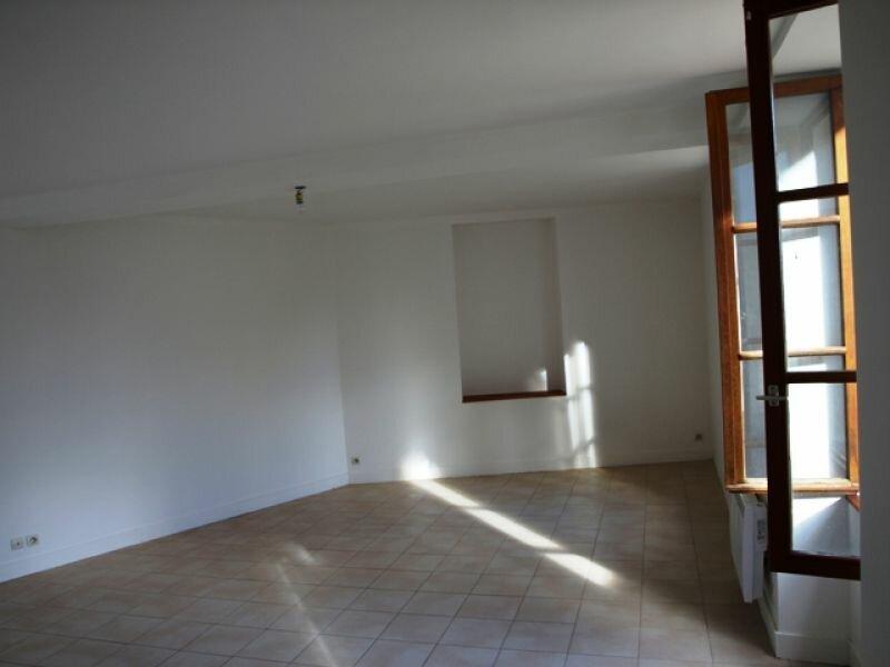 Appartement à louer 1 36m2 à Neuilly-en-Vexin vignette-3