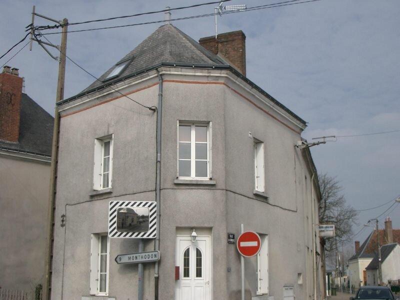 Maison à louer 4 65.99m2 à Saint-Laurent-en-Gâtines vignette-2