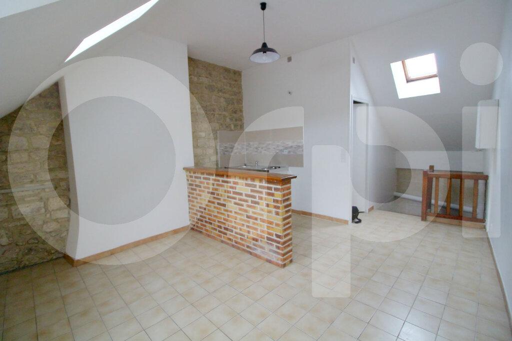 Appartement à louer 1 20.13m2 à Pont-Sainte-Maxence vignette-1