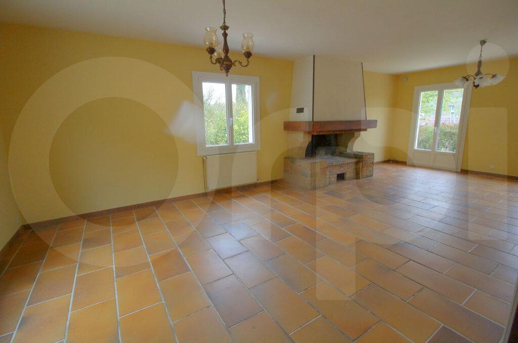 Maison à vendre 6 172m2 à Pont-Sainte-Maxence vignette-2