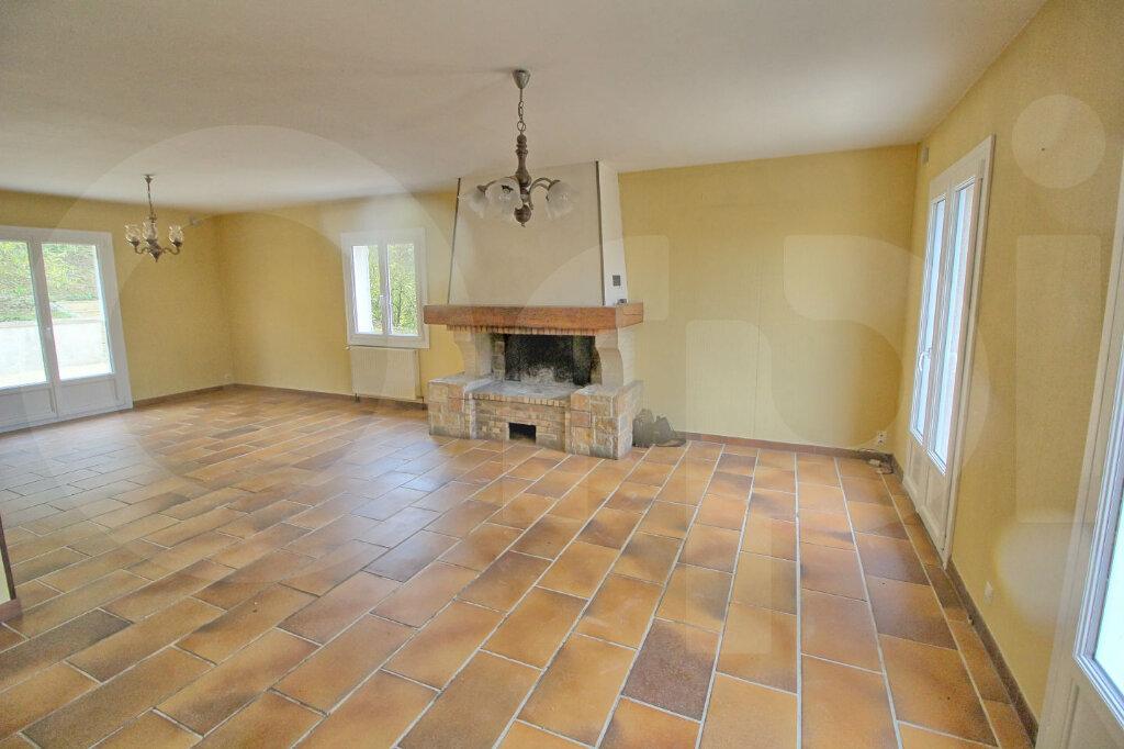 Maison à vendre 6 172m2 à Pont-Sainte-Maxence vignette-4