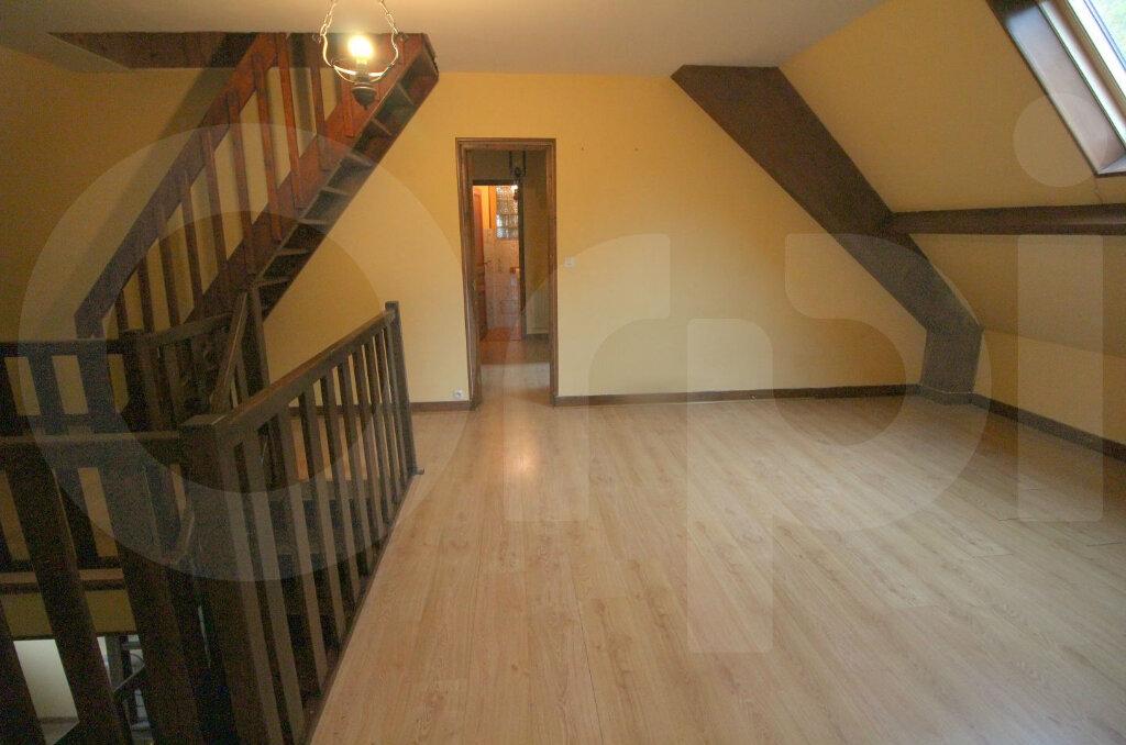 Maison à vendre 6 172m2 à Pont-Sainte-Maxence vignette-8
