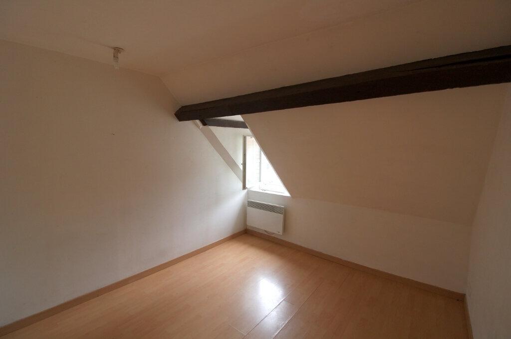 Appartement à louer 2 28m2 à Pont-Sainte-Maxence vignette-4