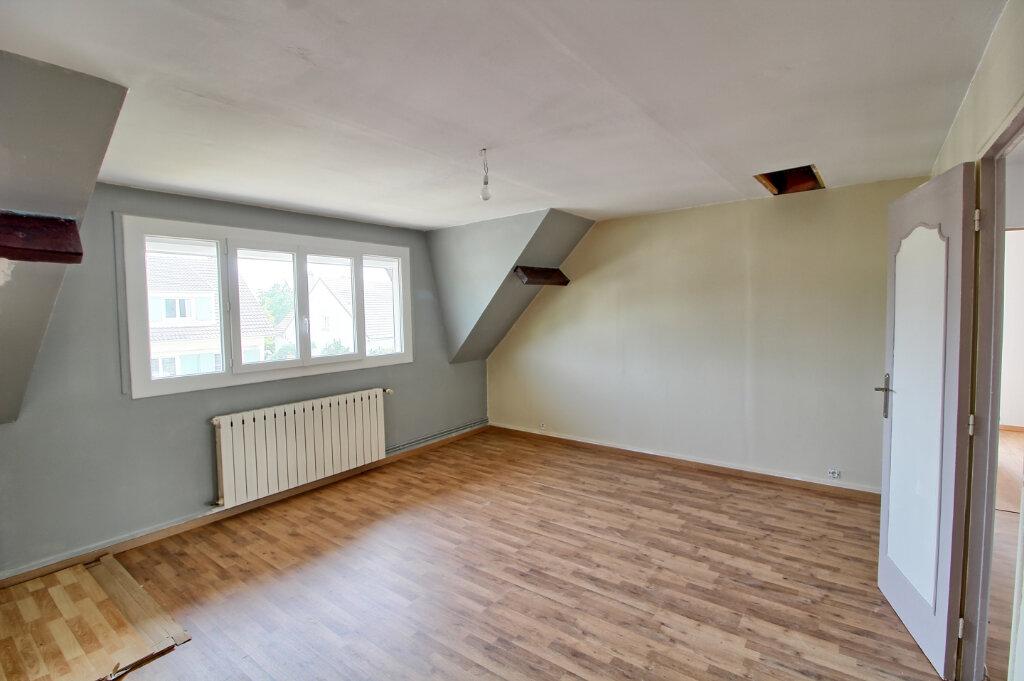 Maison à louer 7 149m2 à Longueil-Sainte-Marie vignette-8